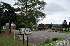 トラピスト修道院(駐車場と売店)