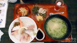 本渡 やまもと(海鮮丼)