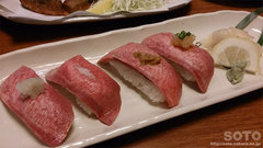 牛たん炭焼 利久(牛たん寿司)