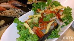 神楽寿司(海鮮サラダ)