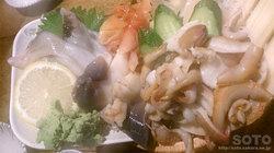 鷹丸鮮魚店(貝刺盛り合わせ)