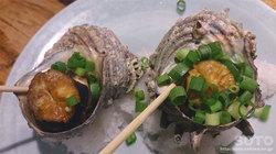 鷹丸鮮魚店(サザエのつぼ焼き)