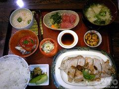 『キッチンママ チムチム』ディナー(1)