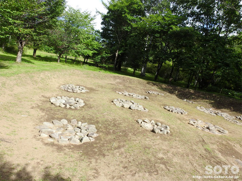 朱円環状土籬(4)