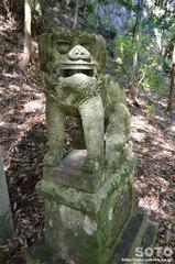 岩屋神社(狛犬)