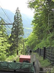 立山ケーブルカー(1)