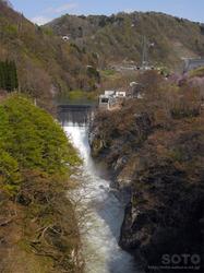 月山ダム(梵字川)