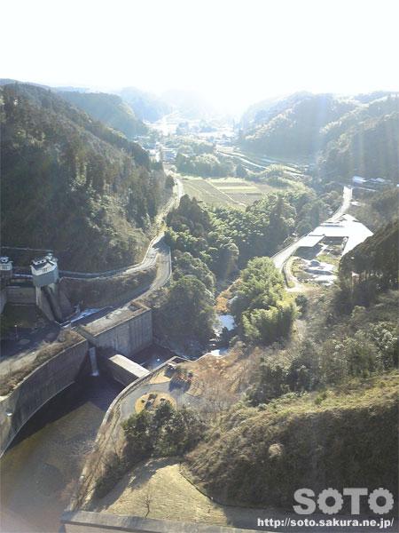 竜門ダムからの眺め