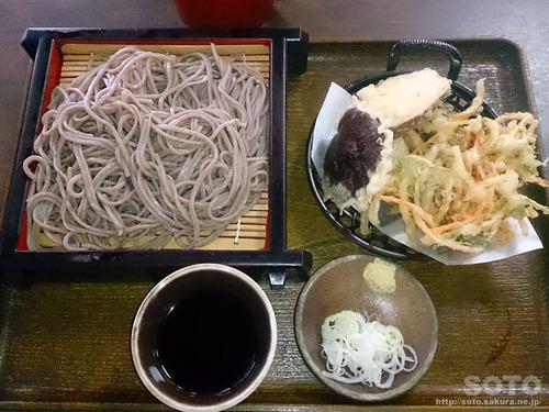道の駅 霊山たけやま(蕎麦)