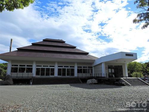 シャクシャイン記念館(外観)