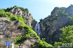 白山スーパー林道(ふくべの大滝)