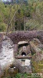 岳間の湧水(2)