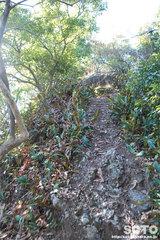 不動岩登山(7000)