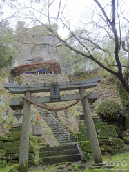 岩屋神社(鳥居)