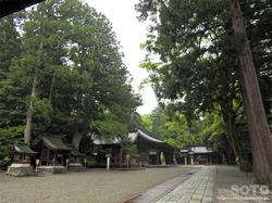 雄山神社 前立社壇(2)