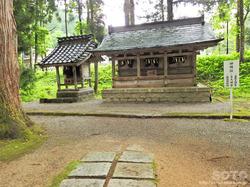 雄山神社 中宮祈願殿(3)