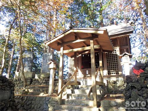 三峯神社(36)
