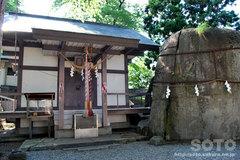 三ツ石神社(3)