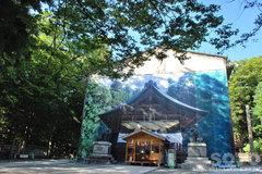 諏訪大社(秋宮 神楽殿)