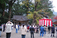 水屋神社(投げ餅1)