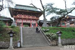 塩竃神社(楼門)