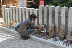 金蛇水神社(蛇石1)