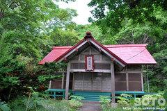 神威神社 拝殿