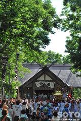 羽幌神社例大祭(餅撒き)