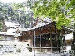 泉神社(拝殿)