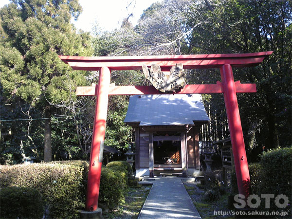 Yurugigaike Shrine