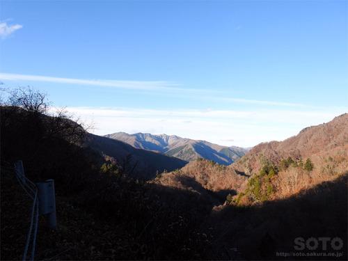 湯西川の山々(1)