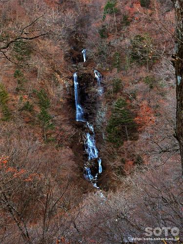 蛇王の滝(2)