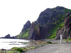 メノウ浜(地蔵岩)