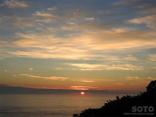 プユニ岬の夕陽(1)