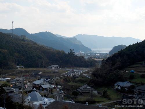 天草旅2020(大江天主堂から見た崎津集落)