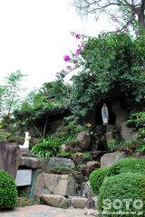 ルルドの泉(再現)
