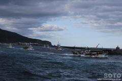 知床クルージング(漁船団1)