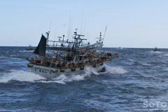 知床クルージング(漁船団2)