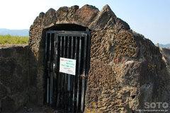 溶岩トンネル(4)