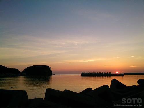 ウトロの夕陽