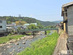 村岡の町並み(湯舟川)