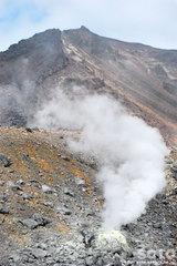 旭岳登山(噴気孔2)