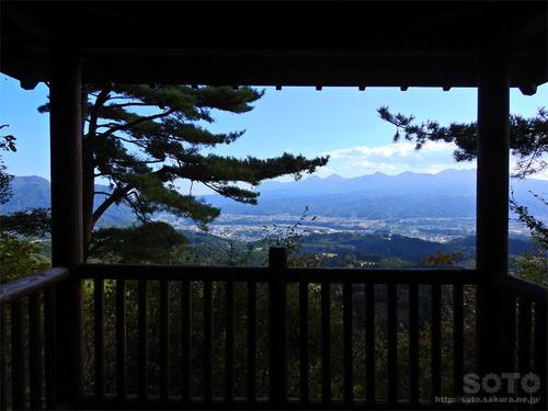 嵩山(東屋01)