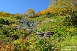 高原温泉沼(雪壁温泉)