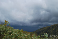 沼の平(雨雲)